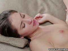 18yr old paige swallowing cum for the first time 10